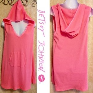 ⬇️$16 Betsey Johnson Pink Hoodie Swimsuit Coverup